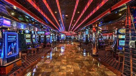 Graj w automaty HOTSPOT w najlepszych kasynach online